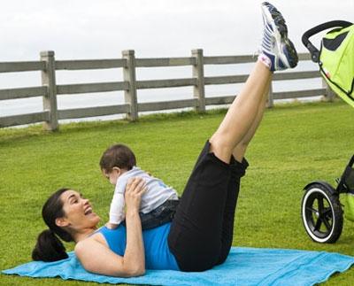 tập thể dục cùng bé